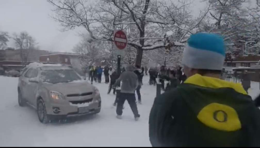 Oregon Duck Football Player Suspended over Snowball Fight